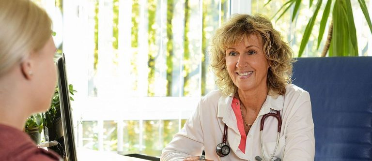 Beratung_Dr-mit-Patientin
